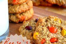 Me eat cookie!! / by Wanda Hinkle Peterson