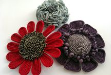 crochet flower / by Yücel Coşan Güngüz