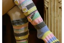 KNITTED SOCKS AND GLOVES, MITTENS