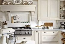 Heart of the Home - Kitchens / by Barbara Barnes