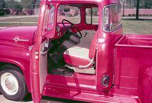 Vintage Trucks / by Heather Griffin