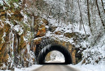 Smoky Mountains in the Winter / Beautiful views of Smoky mountains, Gatlinburg and Pigeon Forge in snow. Come stay in Blue Mountain Lodge or Appalachian Escape cabin, to experience wither in the Smokies.