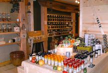 TSTE® of West Monroe, LA / A Savory Sweet collection from The Spice & Tea Exchange of West Monroe located at 211 Trenton Street. Come in and smell the spices!