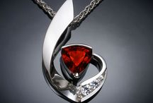 Pendants / Modern necklace with semi precious stones