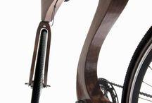 vélo en bois: syke by Fullwood / Ce vélo innovant et intemporel est l'emblème de mes créations.Sa matière, du bois d'acajou (Sapelli) associé à du lamellé-collé, lui confère élégance, souplesse et robustesse.Son design, pensé pour offrir le juste équilibre entre esthétisme et ergonomie, garantit un amorti naturel. D'une assise confortable pour la balade à une position sportive, la géométrie du cadre sera adaptée selon vos souhaits.