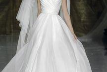Casamento | vestidos de noiva / by Tânia Simões