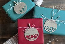 Gift Wrap and Packaging / Find gift wrapping ideas for special occasions, holidays, birthdays, anniversaries and more.