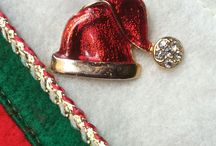 Christmas In July Etsy V2 / V2 stands for Vintage Vertigo, a group of Etsy shopkeepers who love Vintage and are dedicated to collecting, sharing, and supporting each other. This board is for pinning Christmas related items our shop keepers have for sale. We would like you to pin only 3-4 items at a time and allow others a turn before you pin again. No spamming, please. #VintageChristmas #SantaClause #HolidayDecorations #v2team