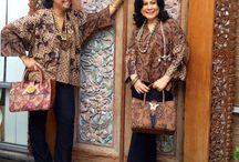 Batik mom