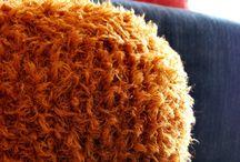 Brico/déco / Pouf tricoté moumoute
