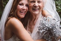 How to Craft Your Wedding Portrait Shot List / Your great-aunt Hilda who you haven't seen for 15 years, your college friends, not to mention the entire bridal party and BOTH your families; make sure you get the shots you want with the people you love! Here's our handy guide for your wedding day shot list!