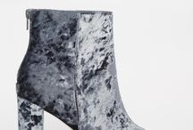 """Boots / Sparkly and shiny boots to brighten a """"jeans and old t.shirt""""-look"""