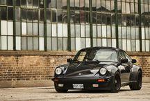 Bill MacEachern y su Porsche 930 / Bill MacEachern y su Porsche 930 han sido inseparables durante más de cuarenta años.