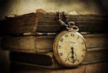 hodiny a knihy :)