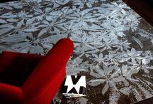 Einrichtungsbeispiele / Ein exklusiver Mischioff Designerteppich ist die perfekte Ergänzung einer modernen Einrichtung. Die vielfältigen Kollektionen bieten für jeden Geschmack den passenden Teppich. Unsere Einrichtungsbeispiele zeigen, wie ein hochwertiger Mischioff Designerteppich auch Ihre Wohnräume verschönert.