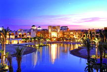 Marsa Alam - Port Ghalib - Intercontinental The Palace / Intercontinental The Palace offers a beach front, a large lagoon pool and a luxury accommodation in the heart of Port Ghalib. Marsa Alam International Airport is less than 5 minutes drive.  5* deluxe - Port Ghalib - Egypt