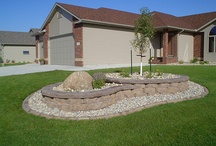 Landscaping / by Aubrie Lehr