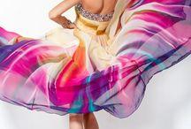 Dresses  / by Alyssa Bushhouse