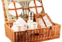 The Derby Picnic Hamper  - Don't forget your top hat / Our Derby picnic hamper is elegance itself with a classically subtle sage and tan colour scheme. This hamper recalls the luxury and vintage style of the 1930's complete with tempered champagne flutes to save breakages no matter how lively your picnic.  Available in Sage Green in a 2 and 4 person place setting. Buy online at www.amberleyhampers.com