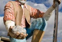 Nevada Roadside Attractions / World's largest things and other roadside attractions in Nevada to see on your next road trip.