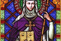Alsace sainte Odile / Odile de Hohenbourg, ou sainte Odile, née vers 662 à Obernai1 (Bas-Rhin), morte vers 720 à Hohenbourg, est une dame de l'époque mérovingienne, fille du duc Etichon-Adalric d'Alsace, fondatrice et abbesse du monastère de Hohenbourg, sur l'actuel mont Sainte-Odile.
