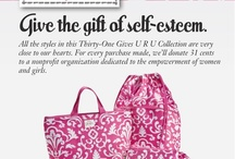 Totes, purses, and organization / Products and usage ideas / by Delora