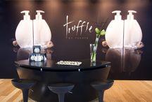 Truffle by Fuente / Anche in Italia il trattamento per capelli più costoso ed esclusivo al mondo! Un binomio shampoo e conditioner unico al mondo: composto solamente da ingredienti naturali come la pelle di tartufo bianco, polvere di diamante e pura polvere di meteoriti.