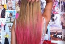 Cheveux colorés / Dip dye red
