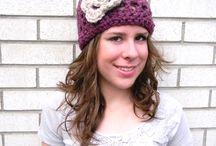 crochet to make / by Katie Poulsen