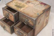 Apróságok-dobozok, kis fali, asztali szekrénykék, fali díszek