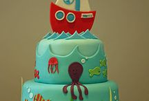Cool birthday cakes / by Min Kum