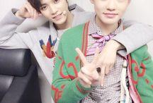 NCT / Debut: 2016r. Members: Taeyong Jaehyun Johnny Mark Ten Yuta Jisung Chenle Jaemin Jeno  Haechan Renjun  Taeil Doyoung WinWin