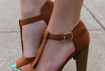 chaussure foncé