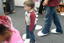 Laugh & Learn: Preschoolers / What do we do in a Laugh & Learn class, and why? Expert advice and resources.