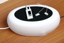 Cablebox - Organizador De Fios / Caixa de Armazenamento e Distribuição de Fios Brilhante Ecológicamente Sustentável Formato Oval Cores: Branco e Preto Estilo Moderno Material: Plástico resistente