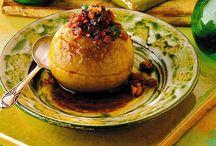 Μήλα γεμιστά στο φούρνο / Εύκολη συνταγή μήλα γεμιστά στο φούρνο ψητά με καρύδια ή πέκαν. Ένα εκλεκτό επιδόρπιο για μικρούς και μεγάλους.