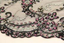 Boncuklu kumaş / Boncuklu kumaş modelleri ve boncuklu kumaş çeşitleri ile perakende ve topan boncuklu kumaşlar Kaptan kumaş mağazalarında beğeninize sunulmaktadır.