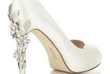 Cool Wedding Ideas / by Kathy Harrig