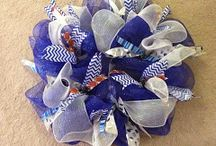College Wreaths / Show your team spirit with a specially designed team wreath!