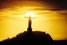 Cristo Redentore a Rio de Janeiro / Non sarà appropriato ma la sua e' incanto, e' magia.