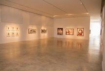 Montaje VIK MUNIZ BUENOS AIRES / Montaje de las obras de VIK MUNIZ BUENOS AIRES en el Centro de Arte Contemporáneo.