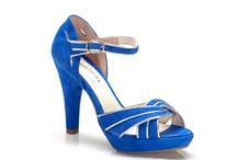 Sandalia azul Klein