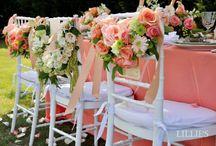 chivari chairs & flowers