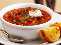 Chili!! The perfect one pot meal! / by Nanci Klein