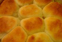 Bread rolls,etc / by Southern Socialite