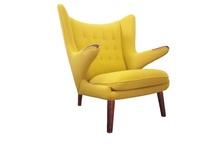 Detail: Beautiful furnishings