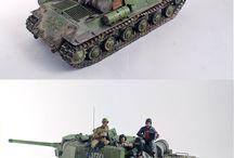 Modelle und Dioramen / Panzer , Schiffe , U-Boote und Umgebungen