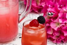 Cocktails / Mama needs a relaxing beverage sometimes! Great for parties, too! Love having a signature drink.