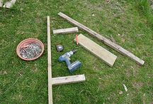 Build a chicken Roost or Chicken Perch / Making a perch is then essential to design an aviary or a chicken coop. Build a perch is very simple and requires few materials. Instructions:  ►1: Make the chicken roost bar or roosting rod  ►2: Make the Poultry Perch supports  ►3: Fixing Chicken Roost in hen coop or aviary