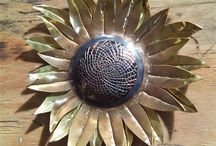 Van Gogh Sunflower in metal. / On 29 July 2015 it will be exactly 125 years since Vincent van Gogh (1853-1890) died. Throughout the year, the artist will be honoured with outstanding exhibitions and cultural events in various European towns.